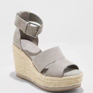 Microsuede Ankle Strap Espadrille Wedge 9.5 b4